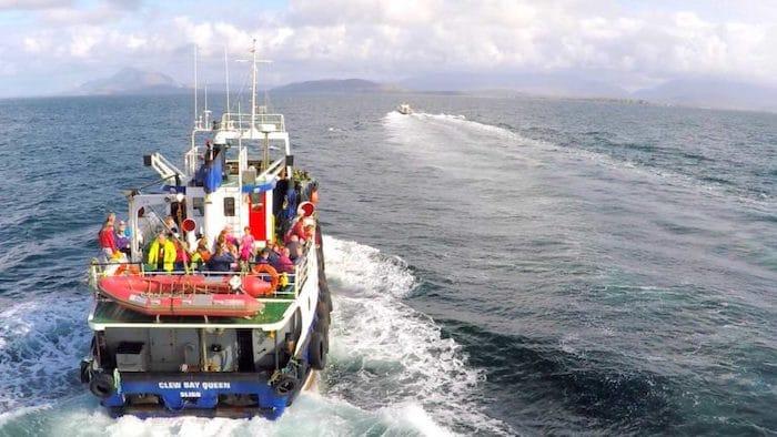 Ferry a la Isla de Clare en Irlanda